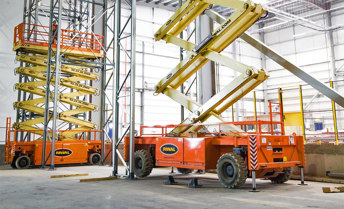 Najam RIWAL opreme osigurava siguran rad na visini