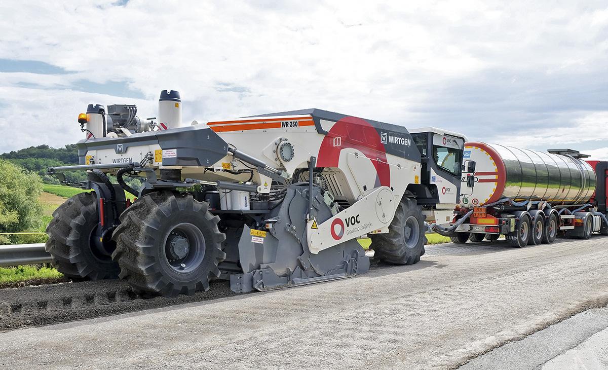 Reciklaža asfaltnega cestišča s postopkom penečega bitumna