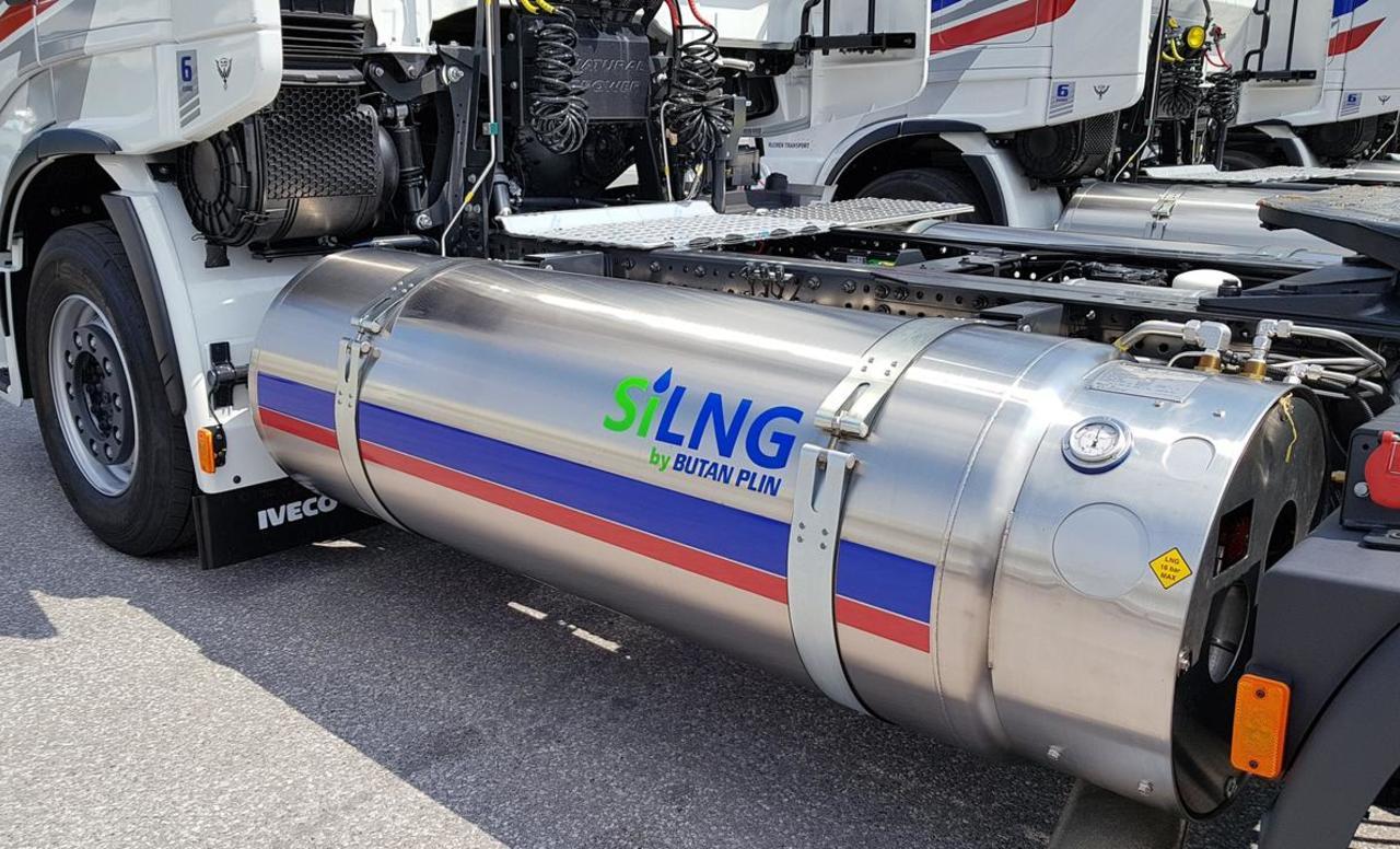 Plinski tovornjaki dve leti brez cestnine
