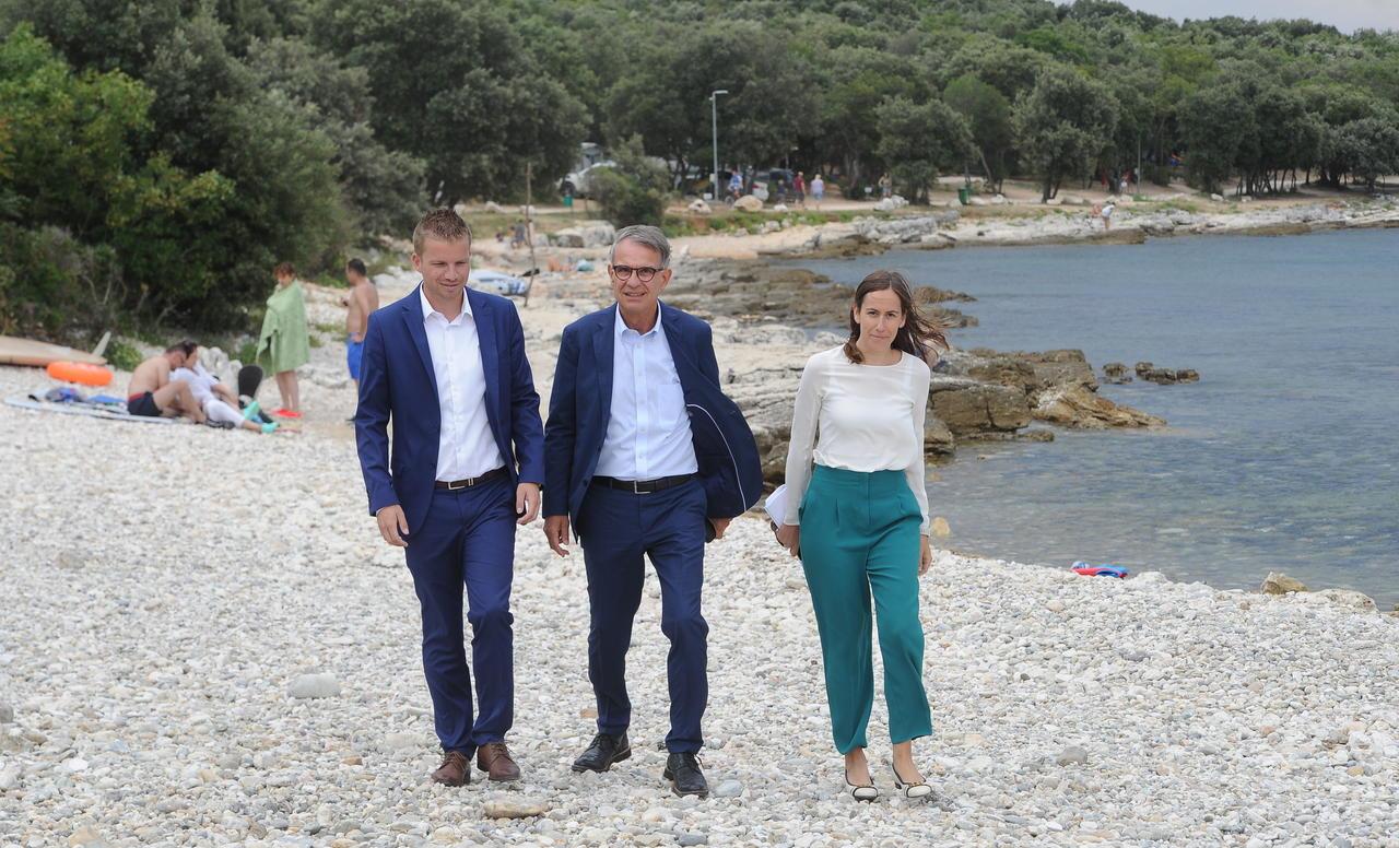 Ministar Cappelli u posjetu Balama i Buzetu