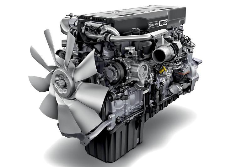 Detroit DD15 – erfüllt GHG17-Norm. Setzt Industriestandard im Bereich Leistung und Kraftstoffeffizienz. , , Detroit DD15 – GHG17 compliant. Achieves industry leading combination of performance and fuel efficiency.