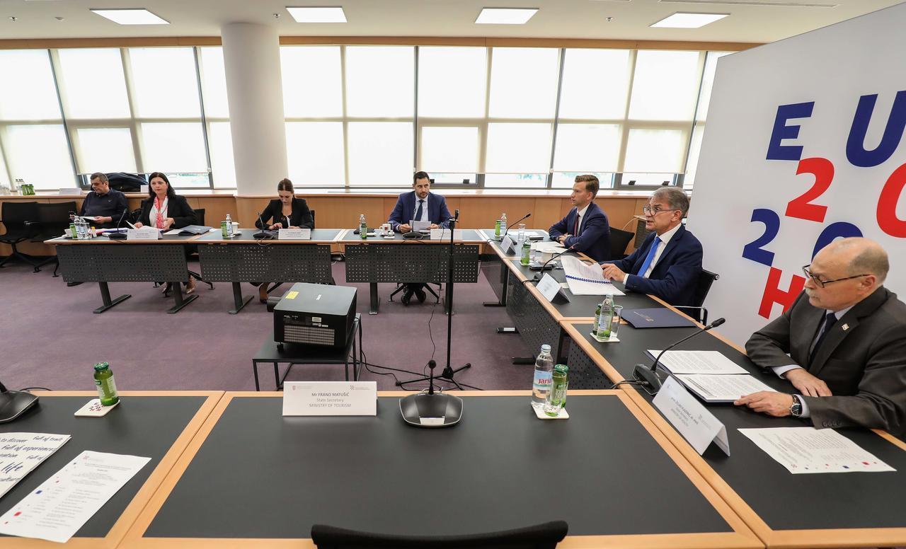 Ministri turizma EU o Paketu za turizam i promet Europske komisije