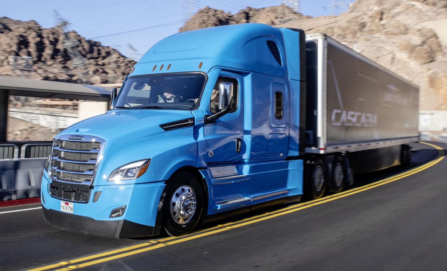 Prvi serijski kamion s mogućnošću djelomično autonomne vožnje