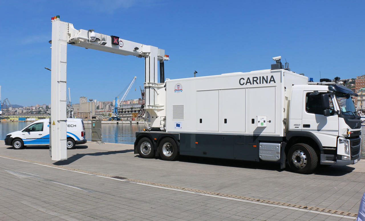 Posebni Volvo FM za Carinsku upravu