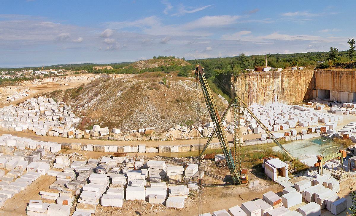 """Predavanje """"Podzemna eksploatacija arhitektonskog kamena u ležištu Kanfanar III"""""""