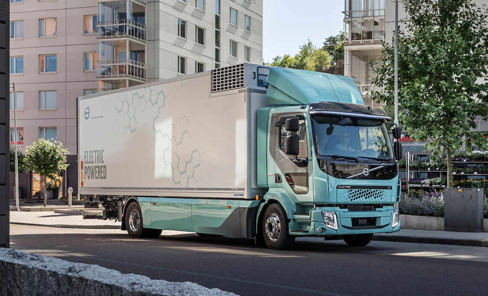 Isporučeni prvi Volvo električni kamioni