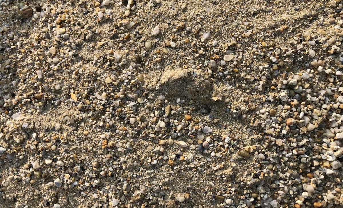 Nam primanjkuje peska?