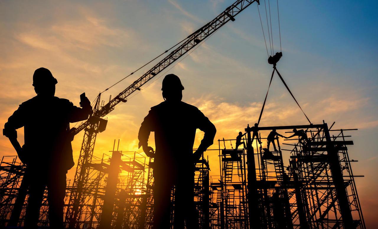 Pri gradbincih primanjkuje izobraženega in izkušenega kadra