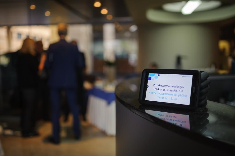467512ef5d1 Finance LIVE  (v živo) Restart skupščine Telekoma