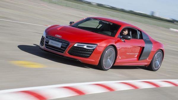 Električni superavto Audi R8 se (znova) vrača