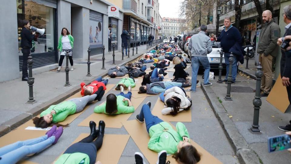 Kakšne bi bile slovenske ceste brez smrtnih žrtev