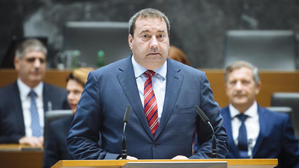 Bandelli odstopa z ministrskega položaja