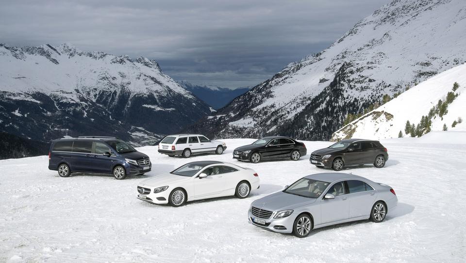 Mercedes z vsemi štirimi grabi že 30 let