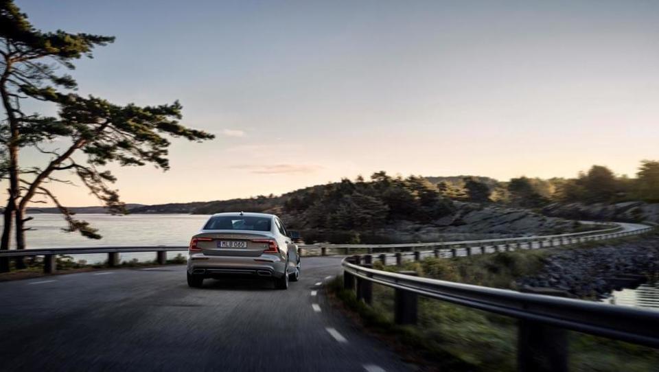 Prelomnice, ki jih prinaša Volvo S60