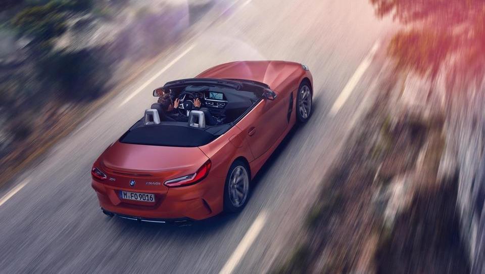 BMW predstavlja prvinski roadster Z4