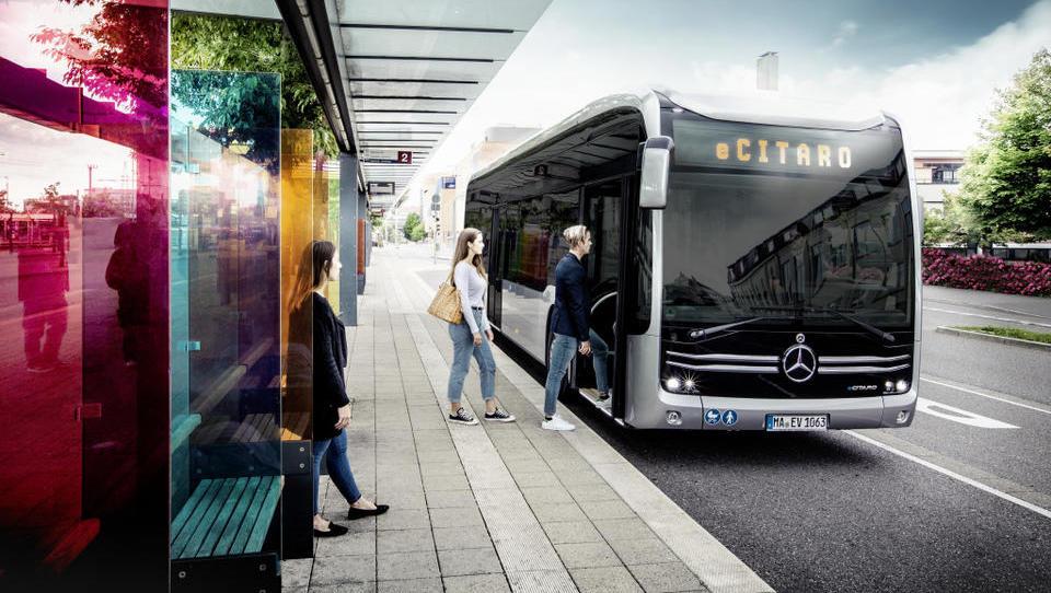 (Ne)realna evforija za električnimi avtobusi