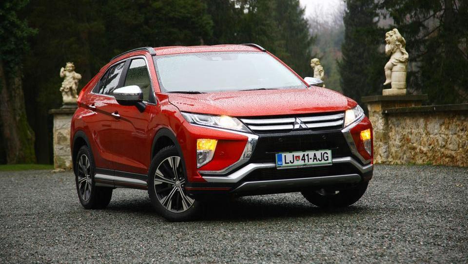 Mitsubishijev kupejevski terenec za manj kot 20 tisočakov