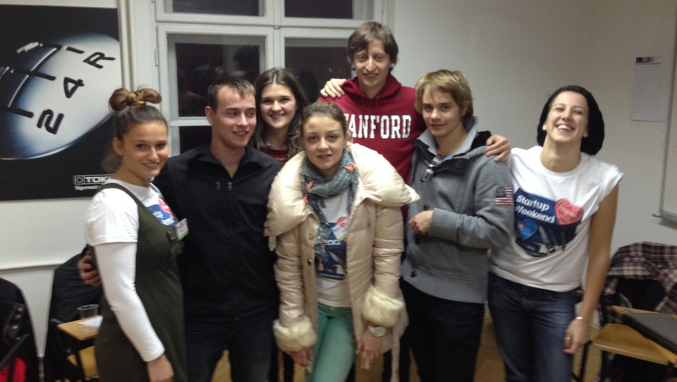 Slovenski srednješolci z aplikacijo Wivu v Zagrebu nad evropsko konkurenco