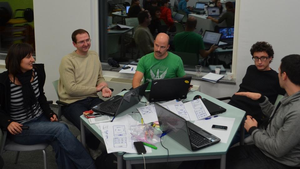 AppChallenge blog: avtomatizirali bodo štetje bakterij, nato pa osvojili laboratorije