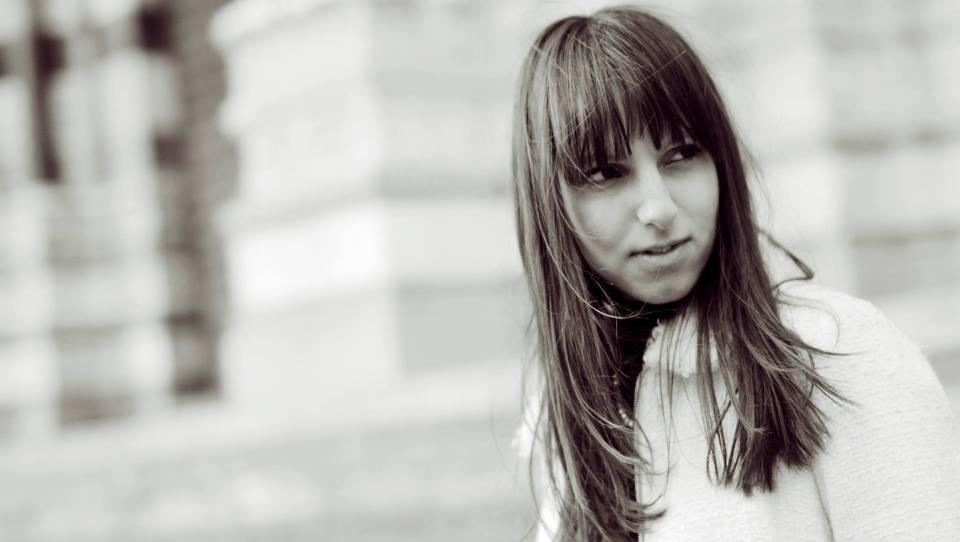 Mlada pravnica, ki izkušnje nabira od Bruslja do Genove