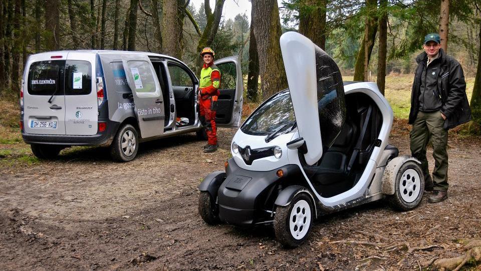 Z električnimi vozili v objem zelenih pljuč