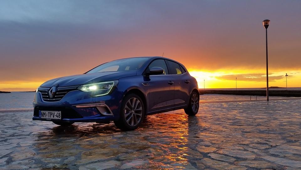 Renaultov zvezdnik za sam vrh