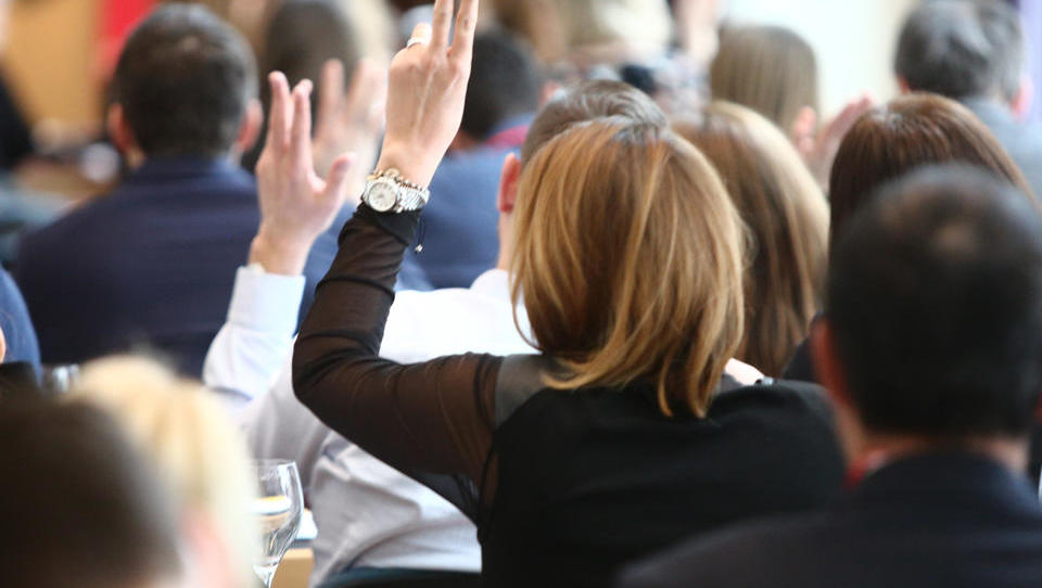 13. Prodajna konferenca Sales Summit - spoznajte govorce
