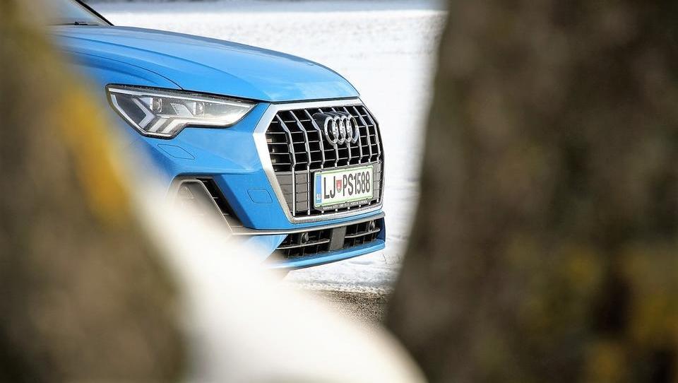 Audi Q3: postaven, velikodušen in zelo samozavesten