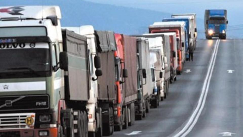 Kako obračunati DDV pri prevozih potnikov in prevozih izdelkov