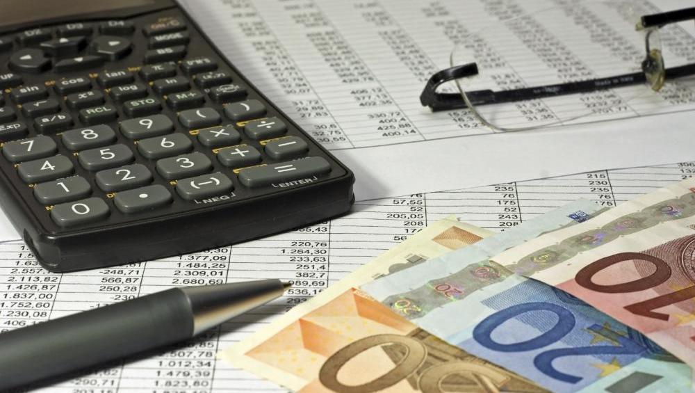Ste se zmotili v davčnem obračunu? Še je čas za popravke.