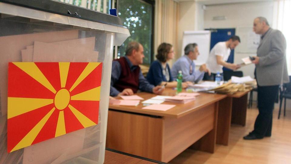 Rešitev 27-letnega spora: Makedonija bo poslej Severna Makedonija