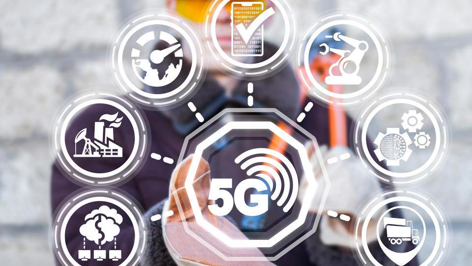Industrijsko brezžično omrežje 5G – zanesljivo povezani v milisekundi