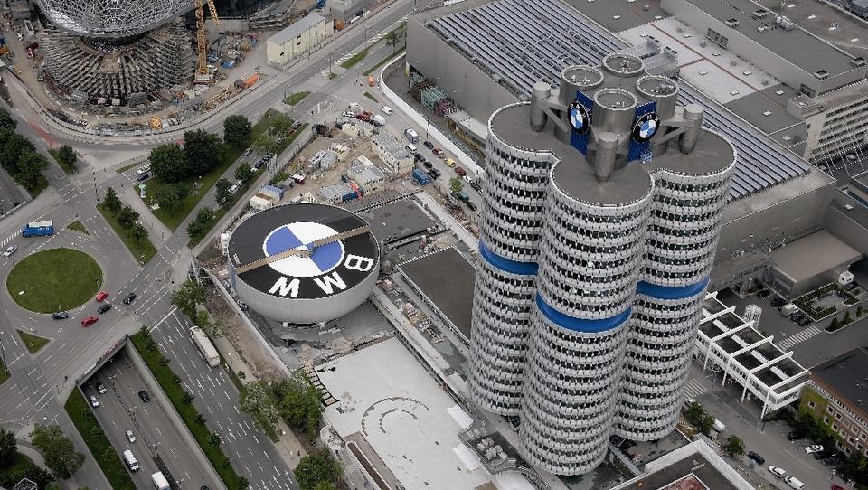 BMW bo rezal delovna mesta v Nemčiji