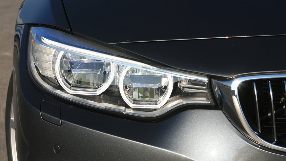 BMW zaradi rasti na Kitajskem načrtuje prodati dva milijona avtov