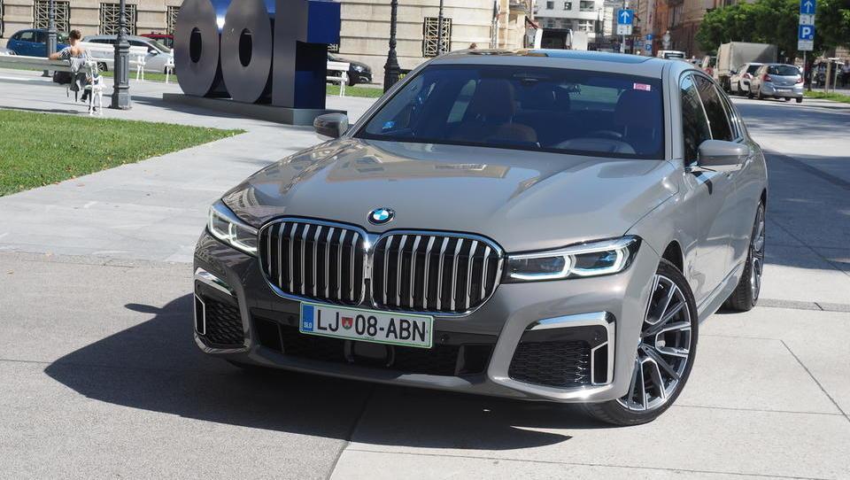 BMW 740d: Bavarska jahta za suverenega menedžerja