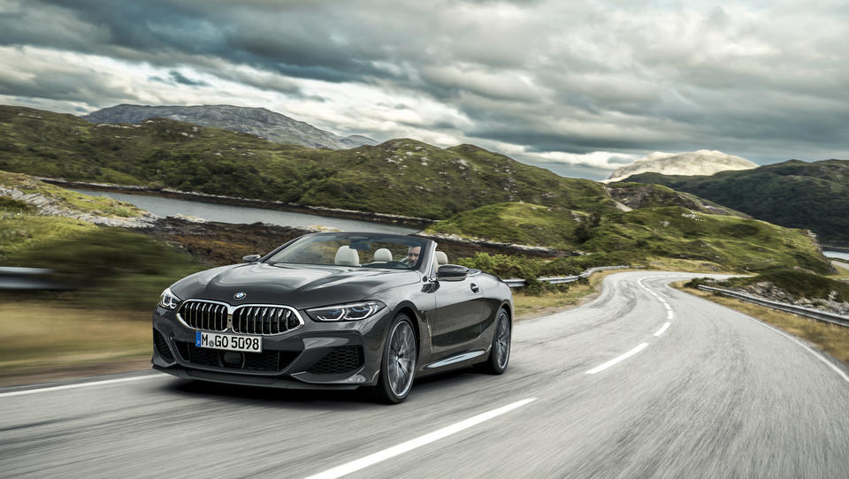 Za volanom BMW M850i xDrive cabrio: vroooom kot pozdrav iz preteklosti
