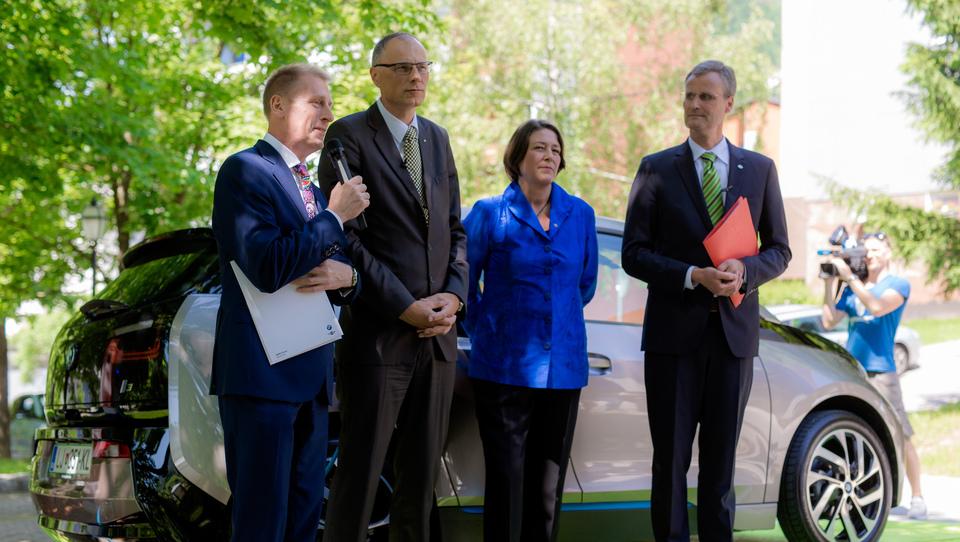 Slovenija počasi postaja prijazna dežela za električne avte