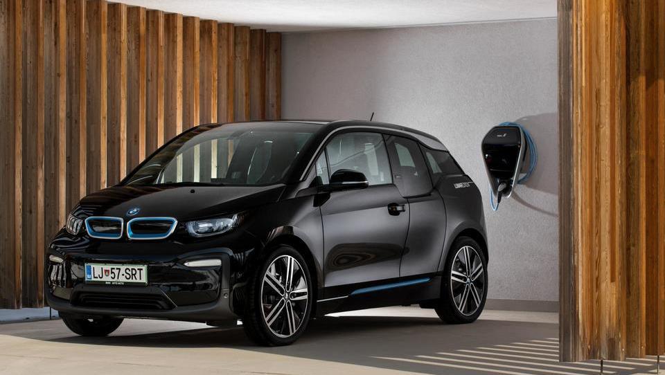 BMW i3: z leti vse boljši in boljši