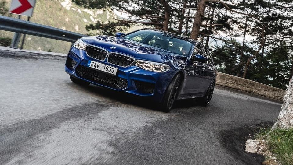 BMW M5; tako izjemen zaradi prelomljenih obljub