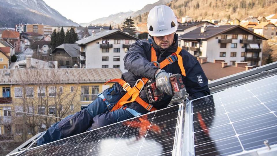 Kako do čistejšega okolja in cenejše elektrike