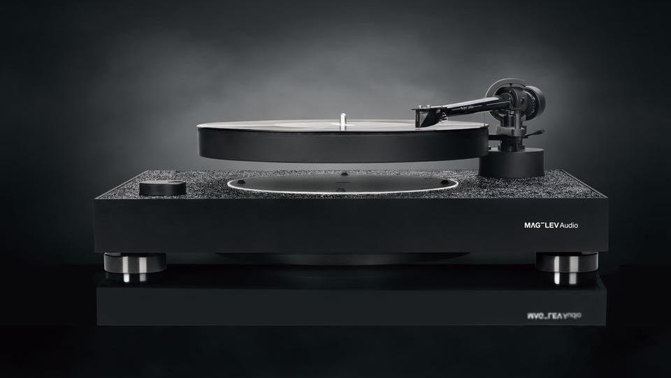 Če lebdeči gramofon ni dovolj, ga zdaj lahko dobite še s kristali