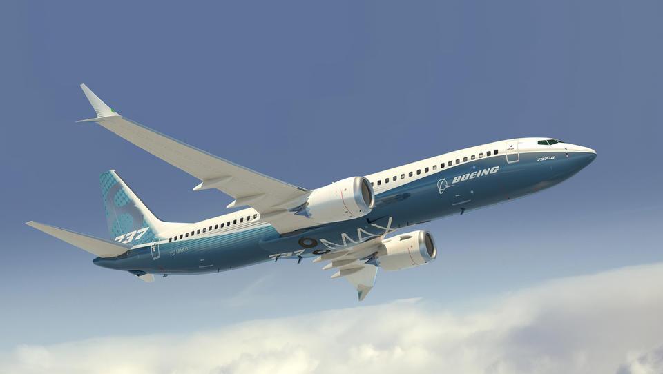 Boeing v krizi, izkorišča pa jo Airbus