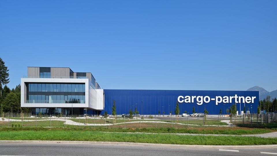 (fotogalerija) Tako je videti novi center cargo-partnerja na Brniku