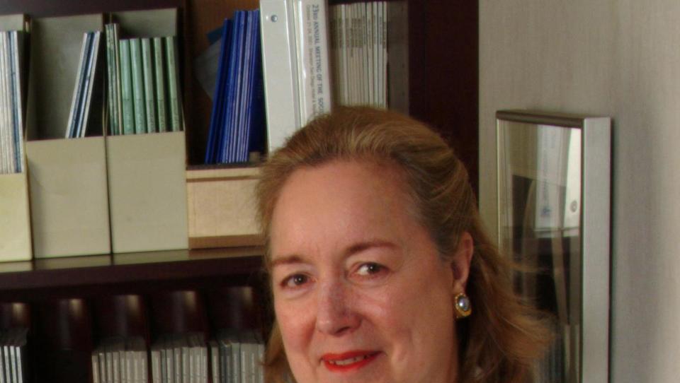 (intervju prof. dr. Claudia Henschke) Ni več dvoma, presejanje pljučnega raka je dokazano smiselno
