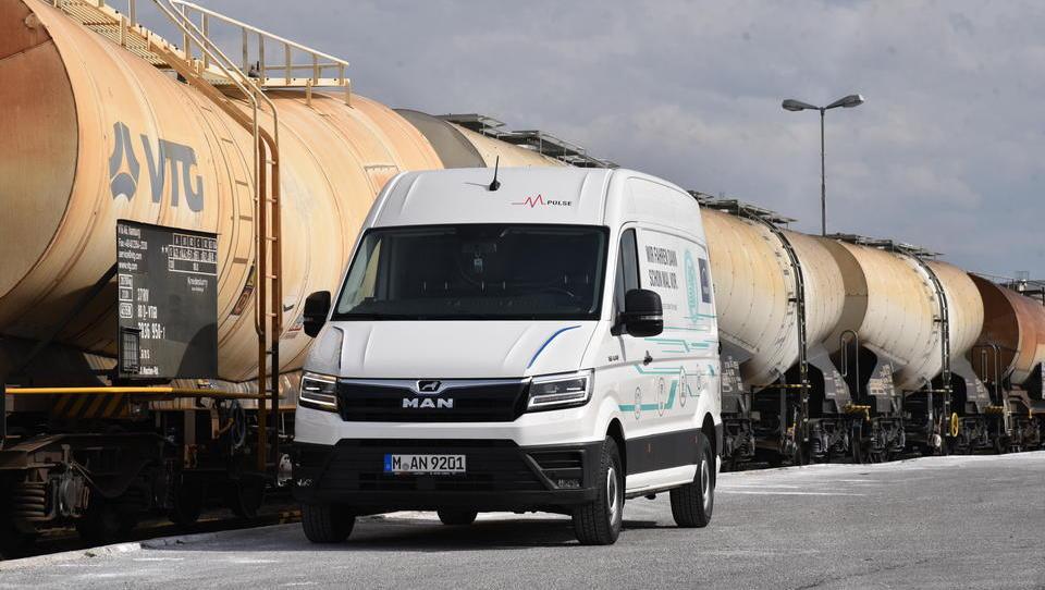 Kaj je na slovenskih cestah pokazal električni dostavnik MAN