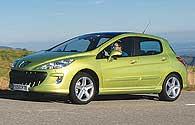 Peugeot 308 gre proti golfu, tudi s ceno