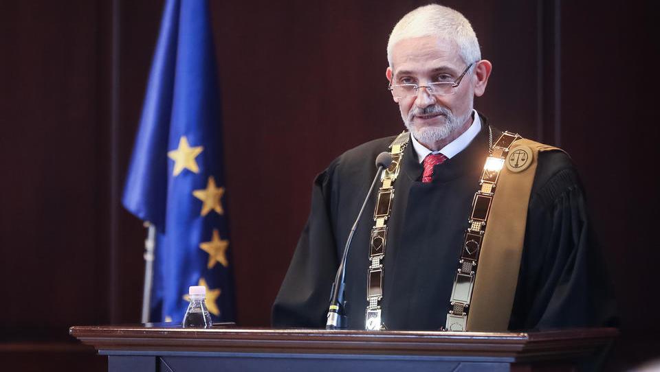 Vrhovno sodišče RS se krega z Evropo: ''ESČP je neprepričjivo pri sodbi o Pro Plus, spoštujemo pa tiste odločitve, ki prepričajo.'' Kako, prosim?!