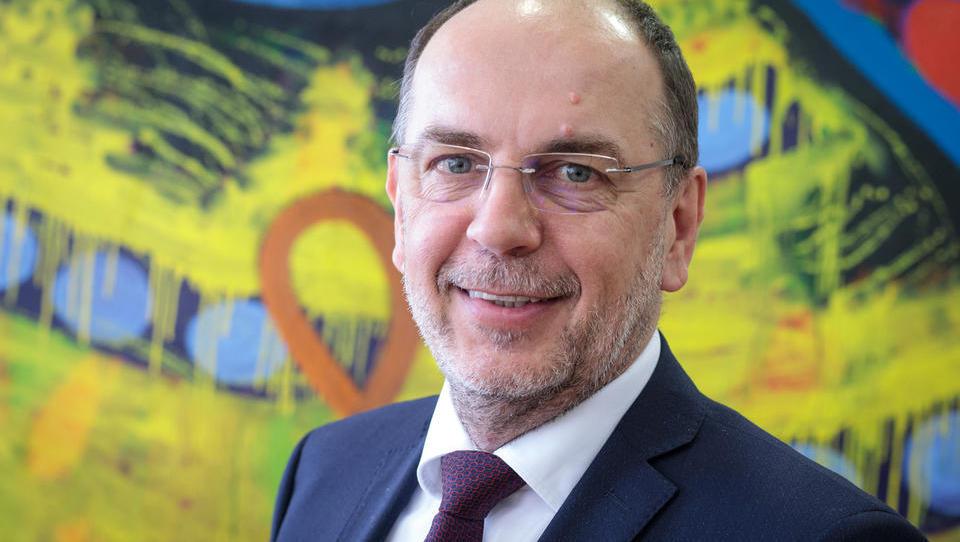 Radio Slovenija: novi šef SDH bo Gabrijel Škof. Začne ASAP