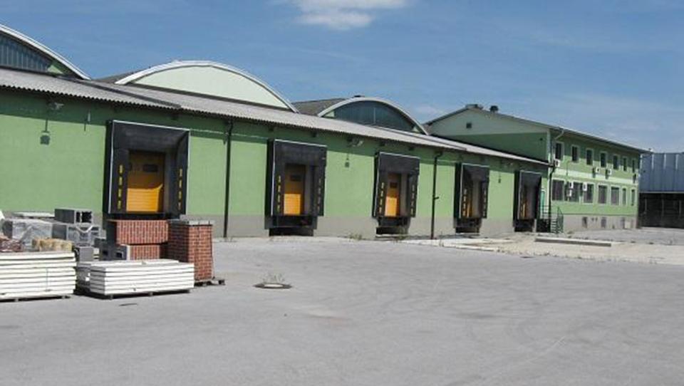 Spletna dražba: Poslovno-skladiščna stavba v Grosupljem