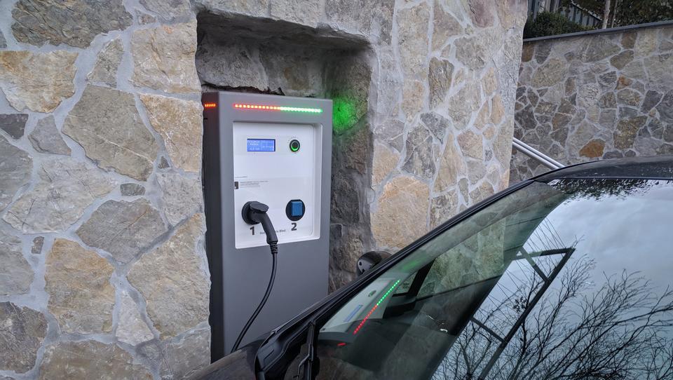 Preberite, kako se bomo vozili proti nizkoogljični družbi